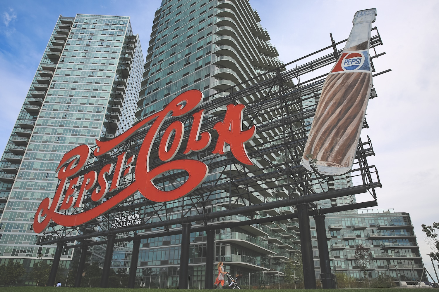 long island city queens PEPSI COLA SIGN