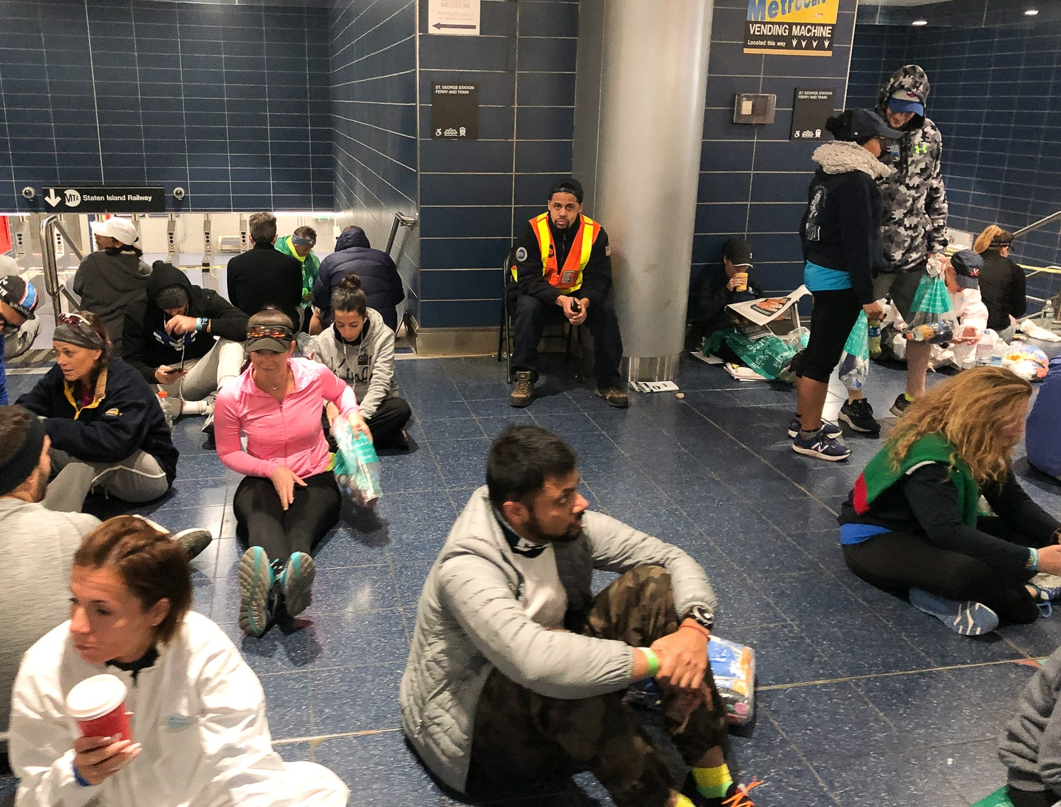 marathon-new-york-ferry-staten-island-attente Marathon New York 2019, un rêve qui s'est réalisé - TEAM FOR KIDS !