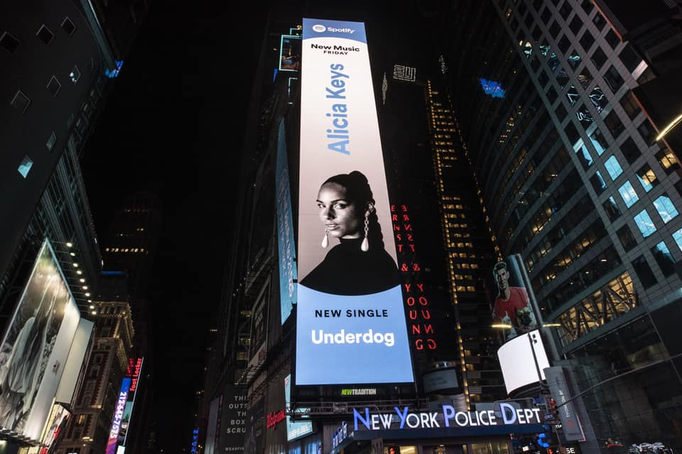 Alicia Keys underdog Times Square