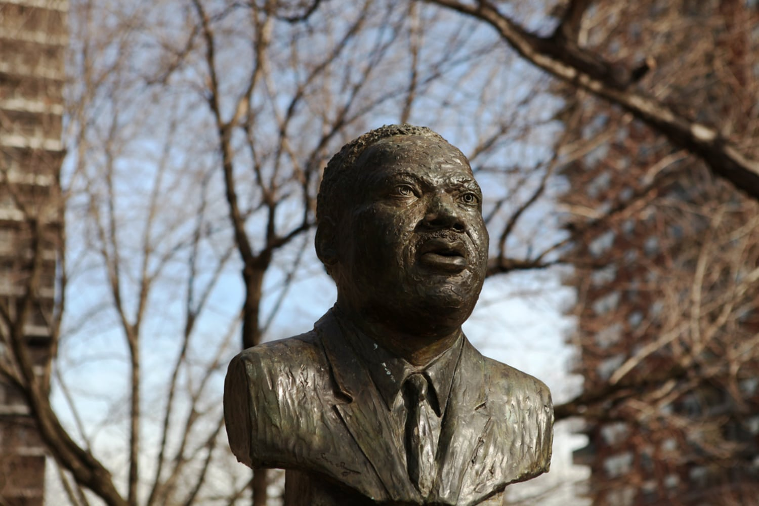 martin luther king bronze statue new york