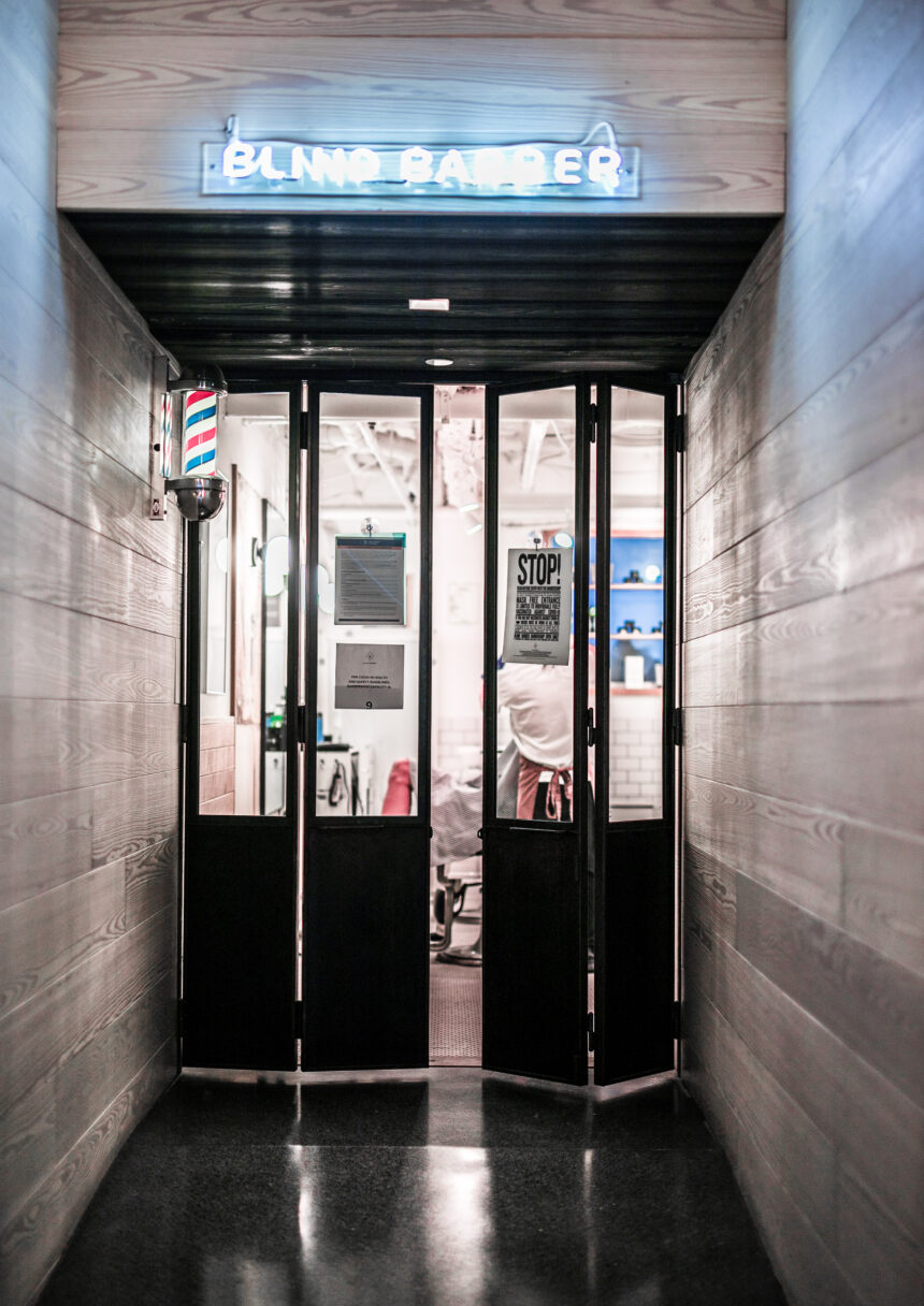 barber-new-york-moxy-times-square-860x1216 Le Moxy Times Square NYC, je vous confie mon avis
